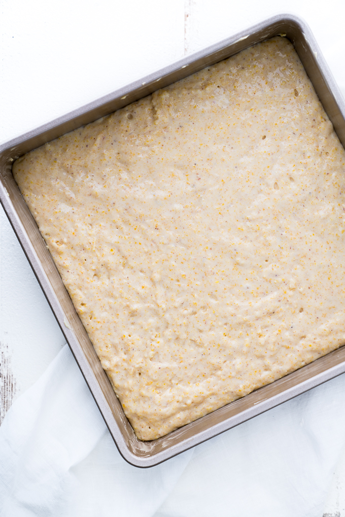 Honey Cornbread – A naturally sweetened recipe for Honey Cornbread! Made with two types of cornmeal for delicious texture and taste! Can be made gluten-free with a few swaps. ♥ | freeyourfork.com