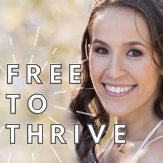 Free to Thrive Podcast - Lauren Kenson