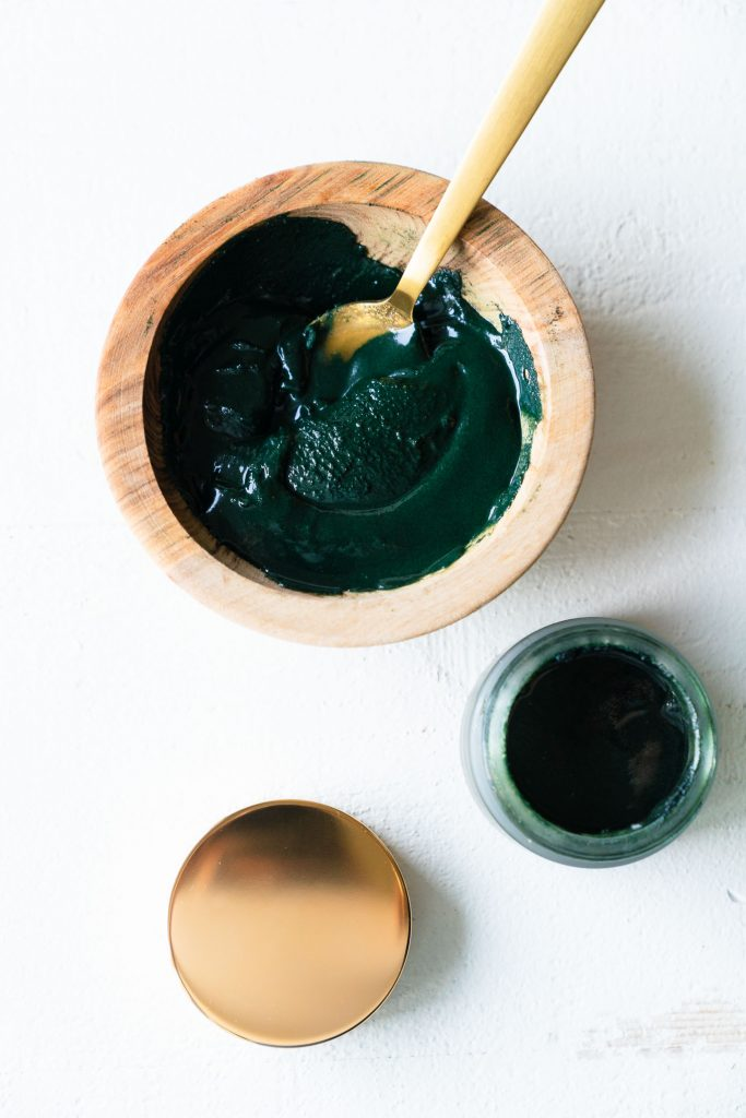 DIY Spirulina Honey Face Mask - Ingredients - Free Your Fork